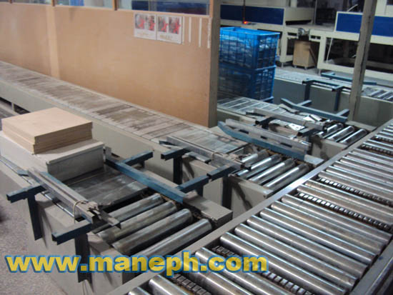 SLAT CONVEYORS FOR HEAVY DUTY LOADING