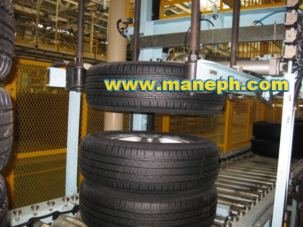 AUTOMATIC TYRE STACKING